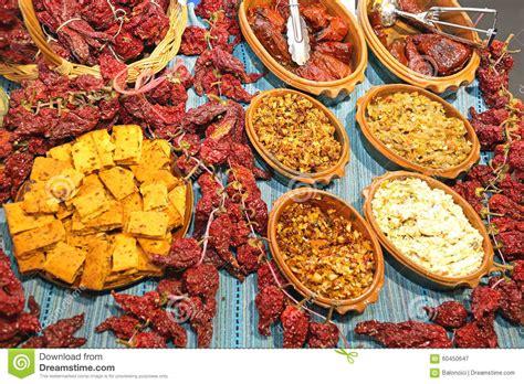 cuisine serbe cuisine serbe image stock image du cornbread écorces