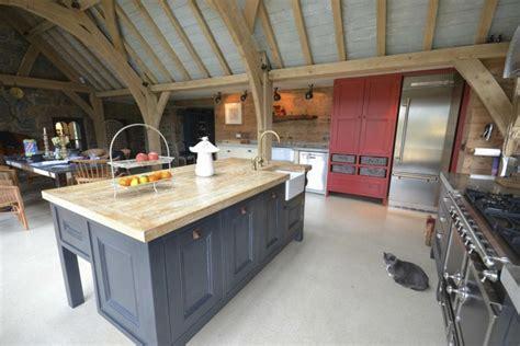 cuisine plan travail bois pourquoi choisir une cuisine avec plan de travail bois