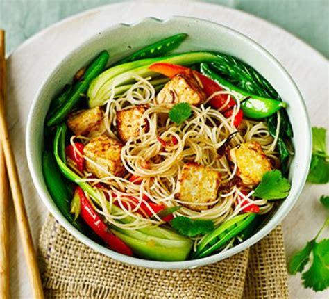 asian tofu  stir fried noodles pak choi sugar snap