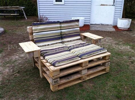 Building Plans For Pallet Patio Furniture by Diy Pallet Chair Collection Pallet Furniture Plans