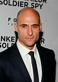 Mark Strong Height, Weight, Age, Body Statistics - Healthy ...