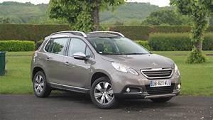 Peugeot 2008 2 : essai peugeot 2008 1 2 e vti 82 etg5 3 pattes et 1 boulet ~ Medecine-chirurgie-esthetiques.com Avis de Voitures