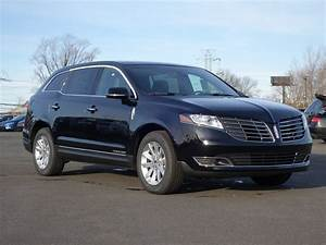 New 2017 LINCOLN MKT Livery SUV In Staten Island L00412