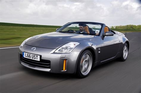 nissan small sports car nissan 350z roadster review 2005 2010 parkers