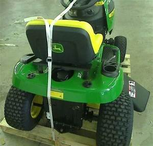 John Deere D105 42 In  17 5 Hp Automatic Gas Front