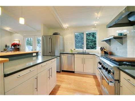 split level kitchen island pin by colleen delaney butter on kitchen ideas