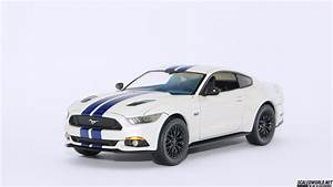 Revell Ford Mustang GT '15 | ScaledWorld