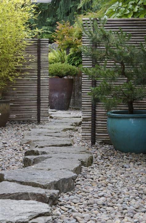 backyard stones 43 awesome garden stone paths digsdigs
