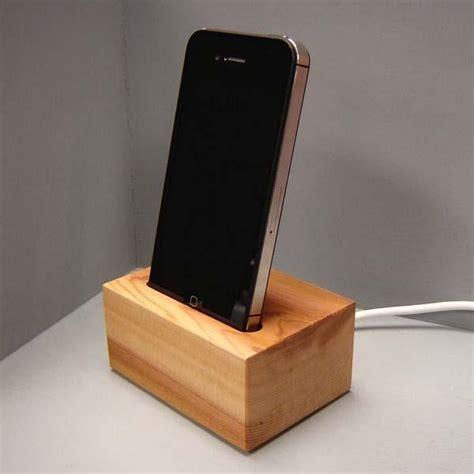wooden iphone station the handmade iphone station gadgetsin