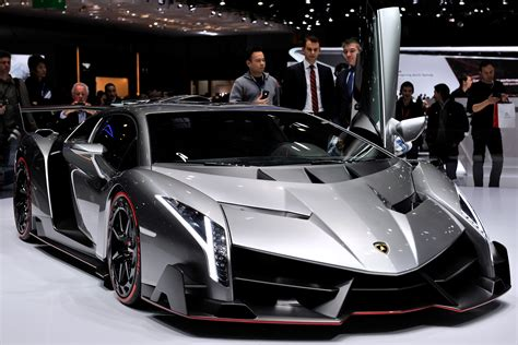 ultra rare lamborghini veneno coupe  sale   million