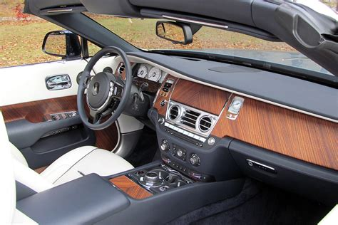 rolls royce 2016 interior 2016 rolls royce dawn review digital trends