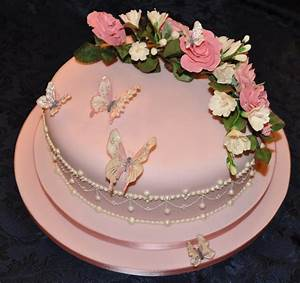 Wedding Cake With Royal Icing Piping Flowerpaste Roses And ...