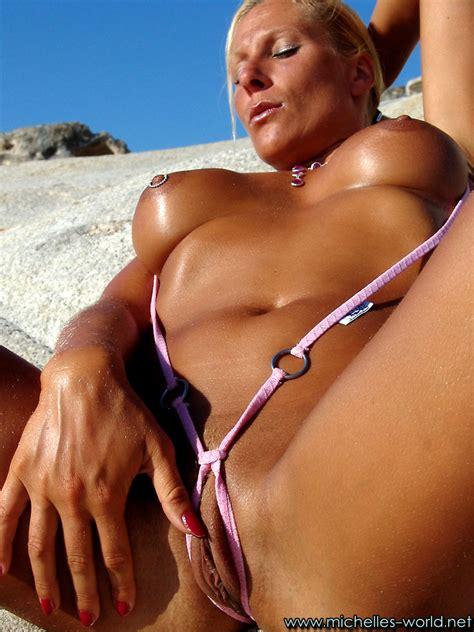 Michellesworld Michellesworld Model True Bigtits Bikini