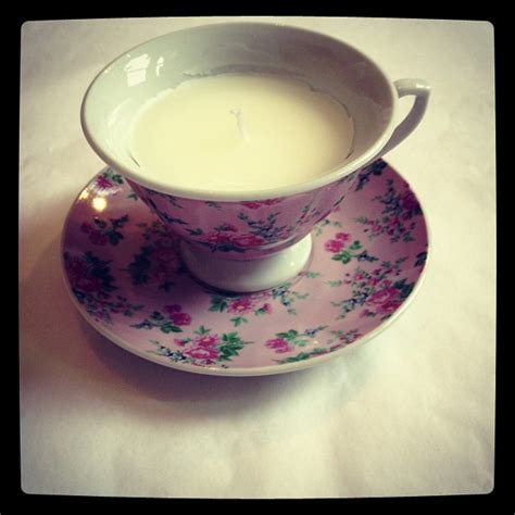 Pretty Vintage Cup and Saucer Scented Candle