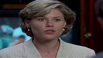 Before They Were Famous: Julie Bowen in 'Happy Gilmore' - MTV