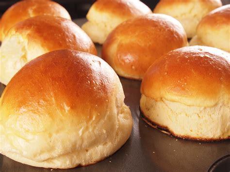 Baking is the New Black: Brioche Rolls