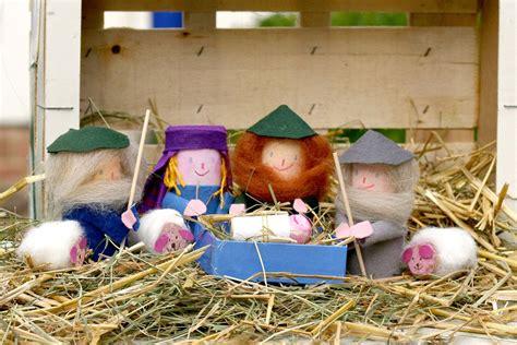 krippe basteln kinder basteln mit kindern kostenlose bastelvorlage advent winter und weihnachten wundervolle