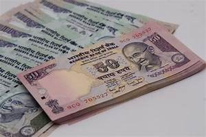 Rupee sees biggest one-day fall in 1-1/2 months - Livemint