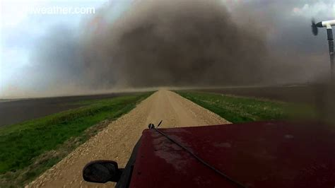 insane video  north dakota tornado  south
