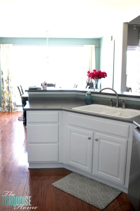 Benjamin Moore White Kitchen Cabinet Paint   Home Painting
