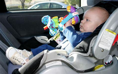 bien choisir siege auto bebe comment bien choisir siège auto drôles de mums