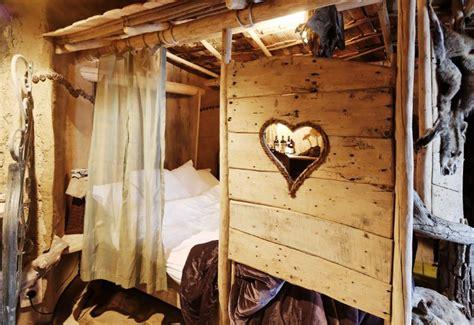 cabane dans la chambre un week end en famille réussi à l 39 hôtel la balade des