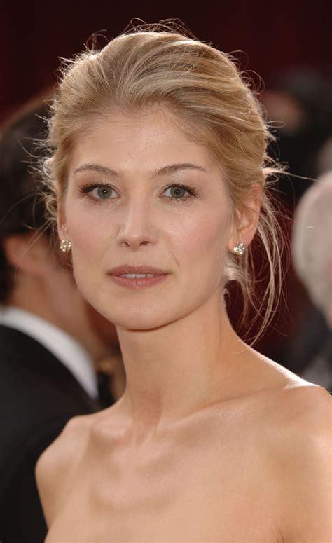 actress in first jack reacher movie 116 best rosamund pike images on pinterest