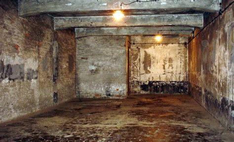 chambres à gaz 171 d 233 187 des chambre 224 gaz jean le pen condamn 233 224