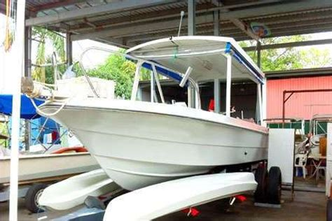 Fishing Boat Sale In Malaysia by Centre Console Fishing Boat Fibreglass With Suzuki 175 Hp