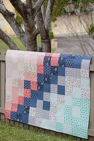 easy baby quilt patterns 40 free baby quilt patterns favequilts