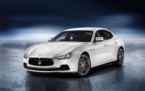 maserati ghibli white 2014 white maserati ghibli with floor reflection