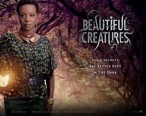 Amma-Beautiful Creatures 2013 Movie HD Wallpaper