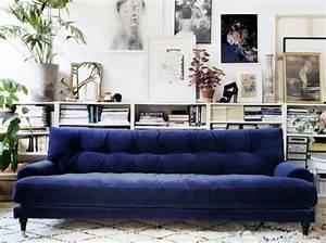 Sofa Samt Blau : ausflug ins blaue sweet home ~ Michelbontemps.com Haus und Dekorationen