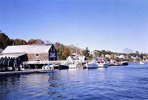 Maine Inns and Bed and Breakfasts: Castine Harbor Lodge on ...