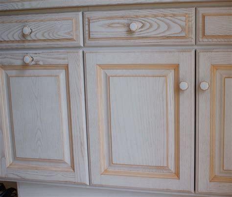 peinture cerusee sur bois kirafes