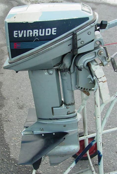 evinrude  hp outboards  sale