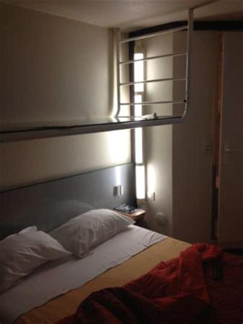 chambre moche chambre horrible moche odeur dégueulasse l 39 impression d