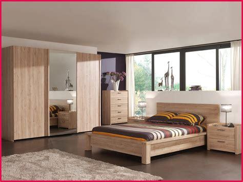 chambre nuit stunning chambre de nuit en bois moderne images