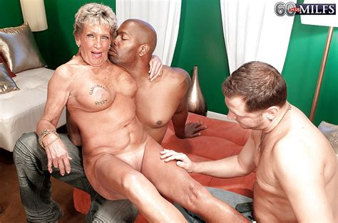 Old Milf Sandra Ann Playing With Two Dicks In Hardcore