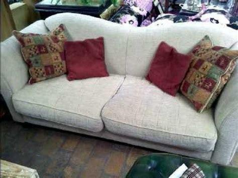 canapé tissu fleuri anglais canape anglais tissus photos canap anglais tissu photos