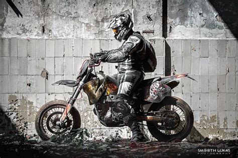 25 best ideas about ktm 520 exc on cx500 cafe racer honda dominator and bmw motorbikes