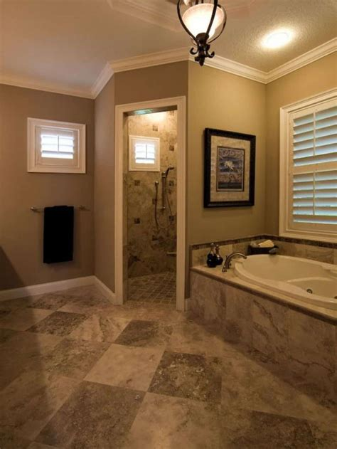 bathroom  neutral wall color  doorless walk