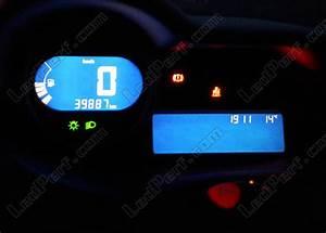 Tableau De Bord Twingo : kit led compteur tableau de bord renault twingo 2 bleu rouge blanc vert ~ Gottalentnigeria.com Avis de Voitures