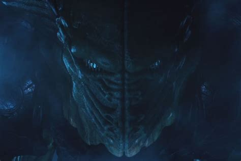 alien queen revealed  independence day resurgence tv spot