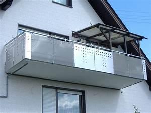 Edelstahl Sichtschutz Metall : balkongel nder mit glas lochblechkombination hermann g tz metallbau edelstahldesign ~ Orissabook.com Haus und Dekorationen