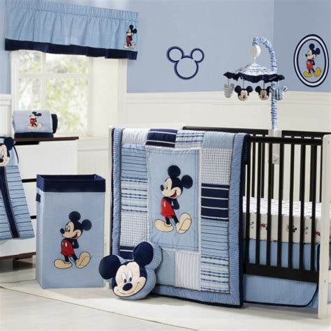 decoration mickey chambre decoration chambre bebe mickey visuel 5