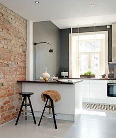 cuisine ouverte sur salon petit espace cuisine ouverte sur mur en brique d 39 un salon