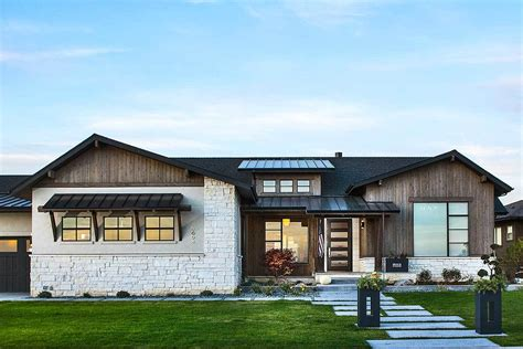Craftsman House Plan For A Sloping Lot