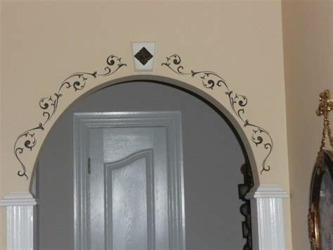 arched doorway stencil home  front room family room arch doorway front rooms