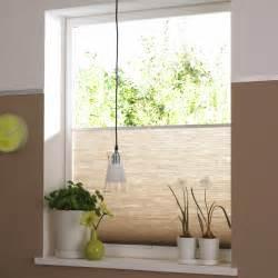 plissee badezimmer ermöglichen sichtschutz rollos und plissee auch einen effizienten sonnenschutz der